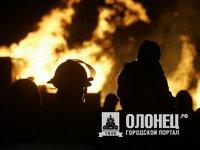 Пожар повышенной сложности в столице Карелии